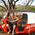 W moto-taxi