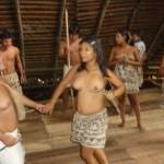 Tancerki plemienia Bora
