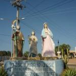 Sw. Rodzina przed cmentarzem
