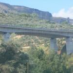 Autostrady niweluja teren,Sycylia